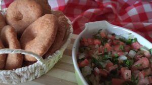 Receta de sopaipillas con pebre chileno
